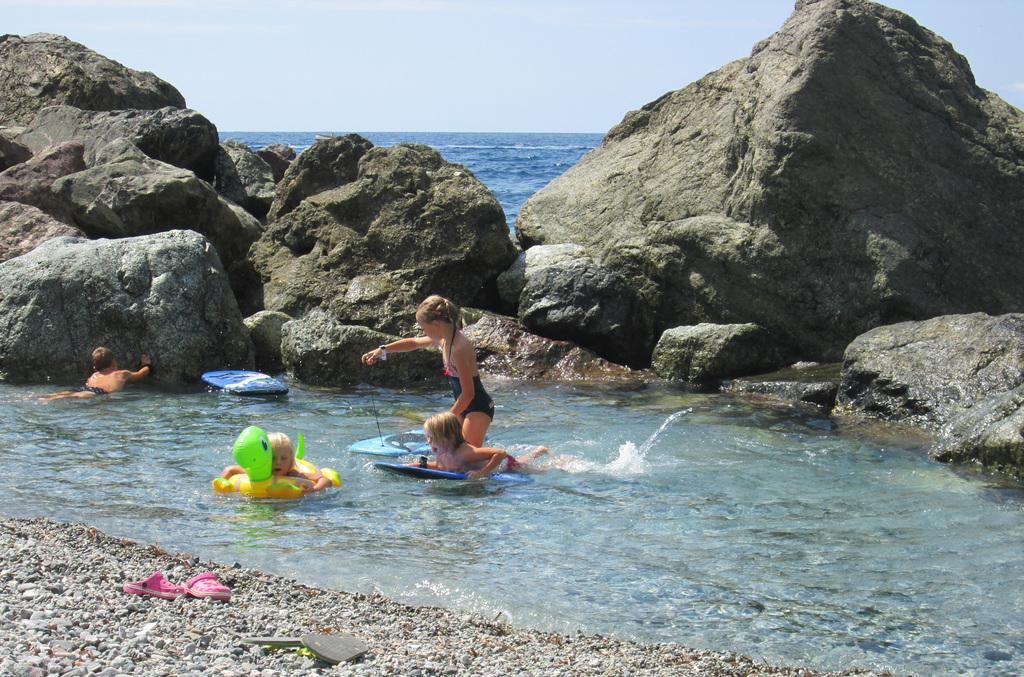 Kinder am Meer